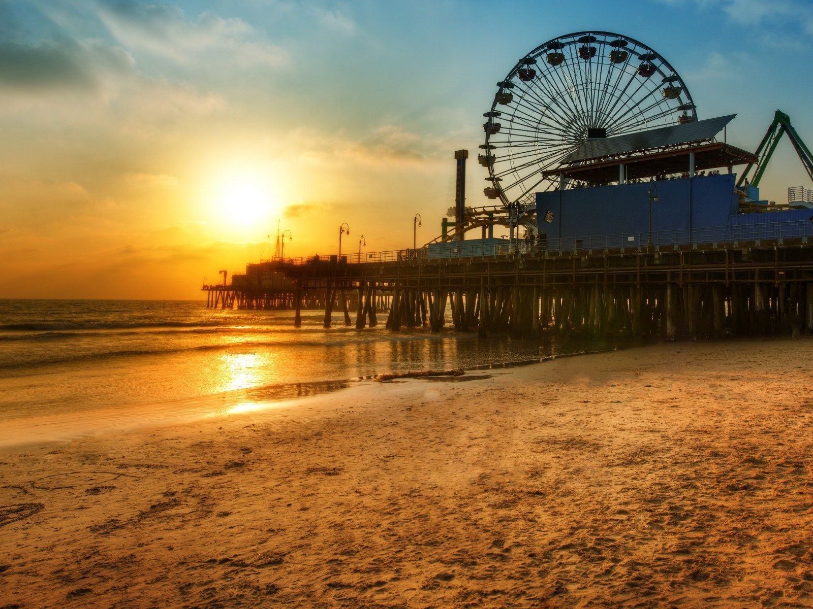 Los-Angeles-dock-Ferris-wheel-Beach-sunset_1600x1200